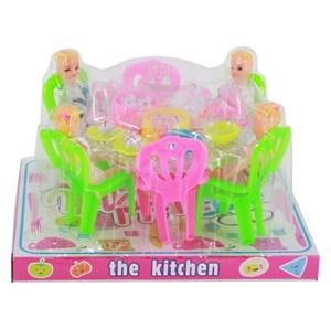 Imagen de Muñeca x4, con mesa, sillas y accesorios, en burbuja