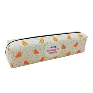 Imagen de Cartuchera de PVC, con diseño de frutas, en caja de PVC