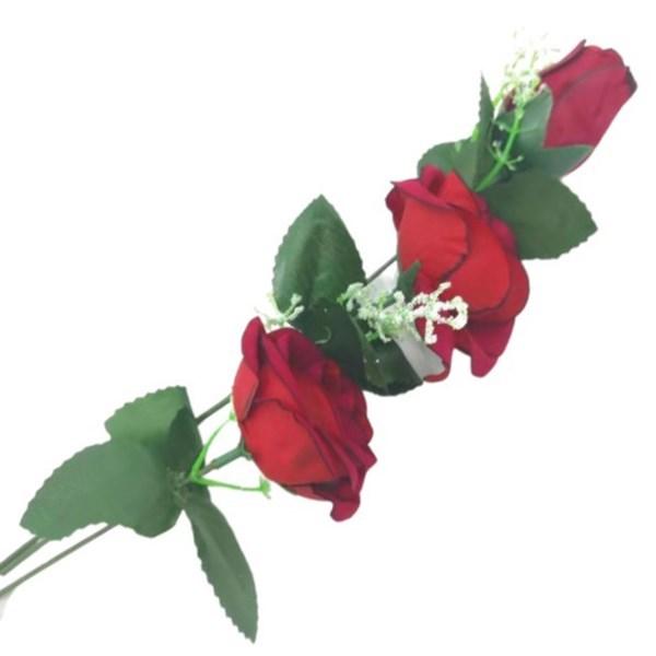 Imagen de Ramo de 2 rosas 1 pimpollo con hojas
